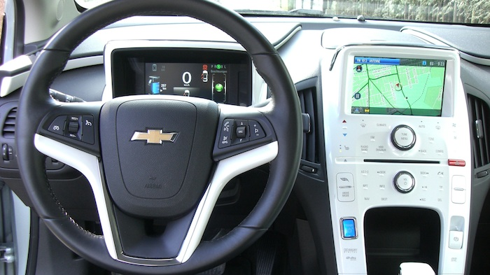 volt display Der Chevrolet Elektro VOLT im Test