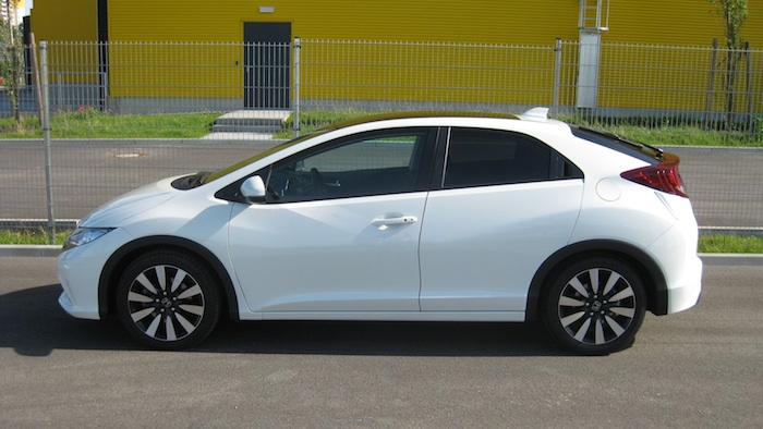 civi 2 HONDA Civic 1.6 i DTEC im Test